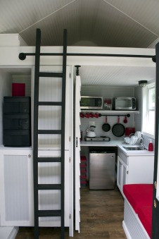 20140203mo-tennesee-tiny-homes-happy-the-reed-interior-image-8