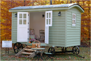 20141206sa shepherds hut wagon retreat tiny house exterior - Tiny House Builder